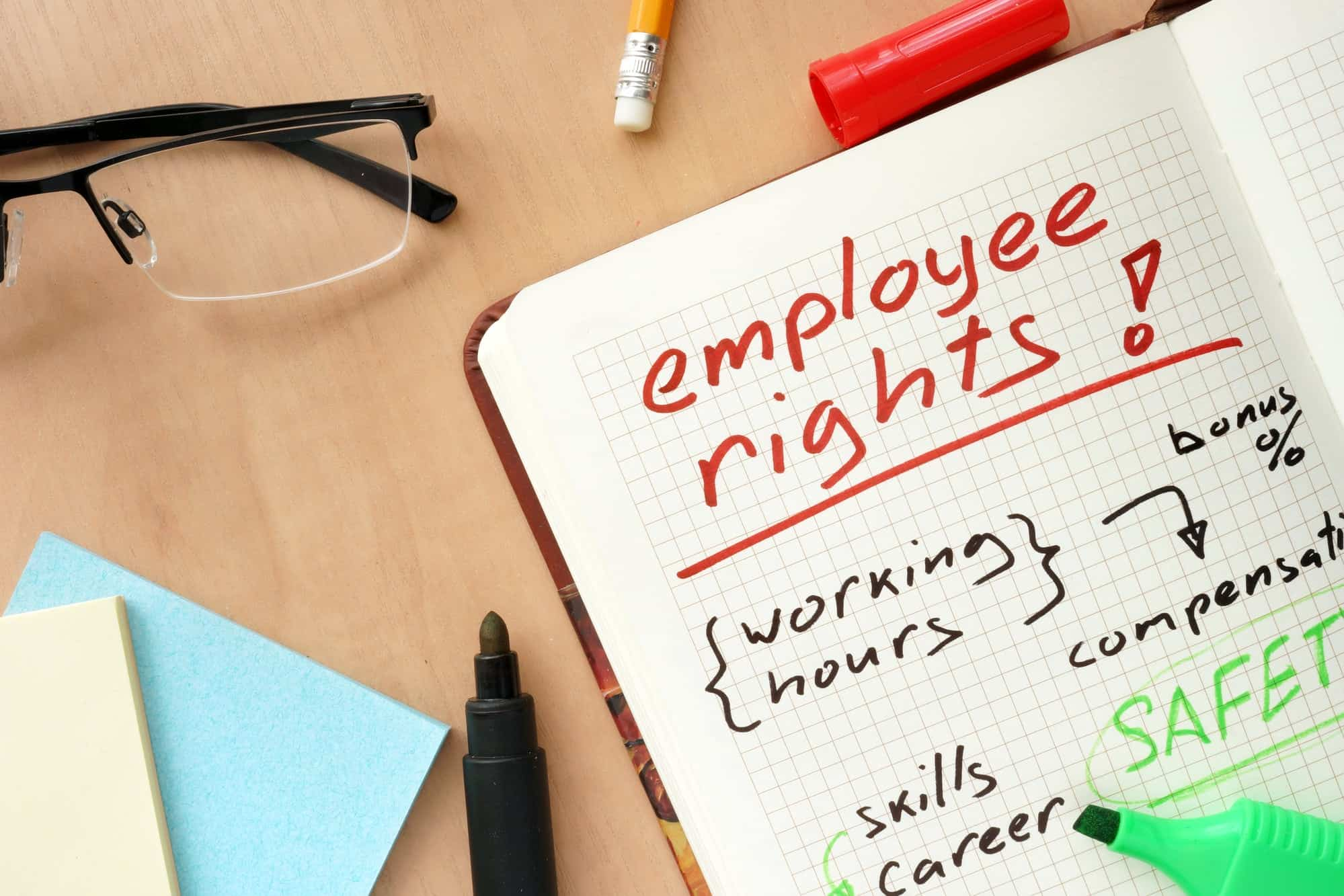 notepad-with-words-employee-rights-concept