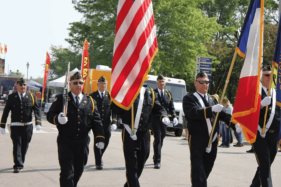 veterans-day-parade